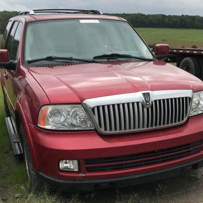 2005 Lincoln Navigator 1